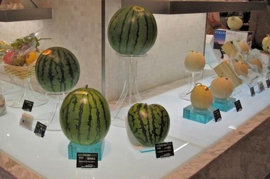 Фетиш с фруктами фото 720-451