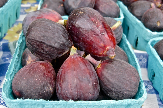 figs at the market